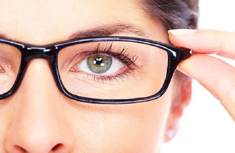 Cận thị có chữa được không